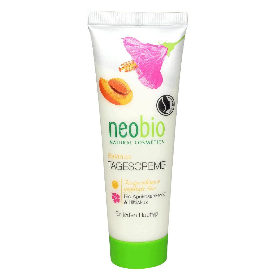Neobio Nappali krém vegyes bőrre – bio sárgabarackmag olajjal, hibiszkusszal és bio kakaóvajjal